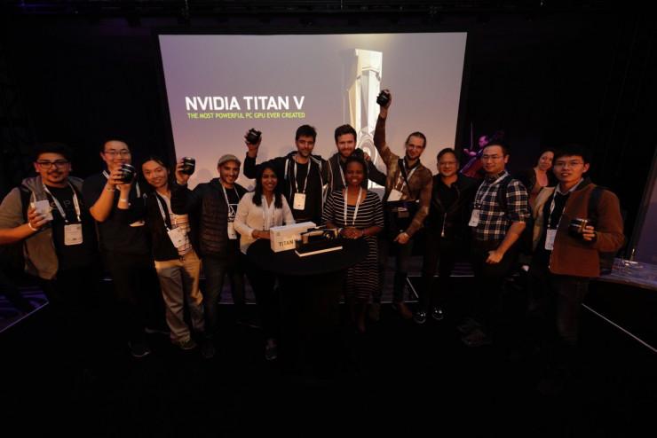 黃仁勳在 NIPS 2017 發佈 Titan V:首次搭載 Volta 的消費級 GPU