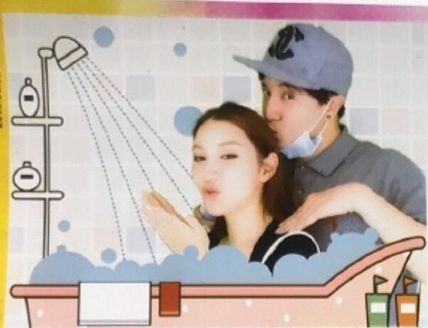 薛之谦李雨桐早年大头贴亲密合影,贴面亲吻一看就是情侣图片